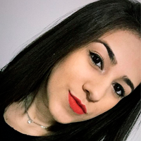 Thainá Oliveira